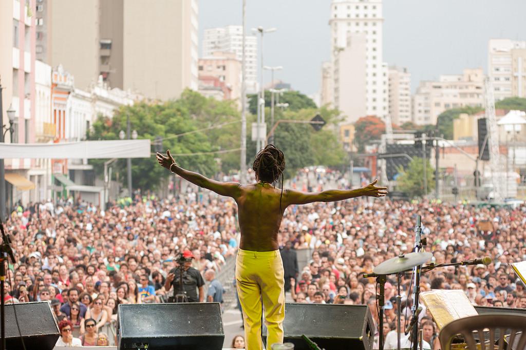 Luiz Melodia no palco Júlio Prestes. Foto: Oleon Santos